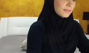 Arab hijab slut strip  &amp_ masturbation on cam